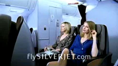 Silverjet anuncia baños solo para mujeres en sus vuelos