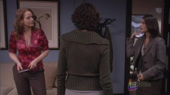 Jennifer discutiendo con Lauren