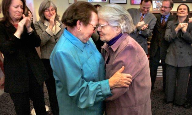 Primeras bodas lésbicas en California