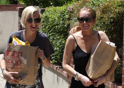 Lindsay, Samantha y sus problemas con el mundo