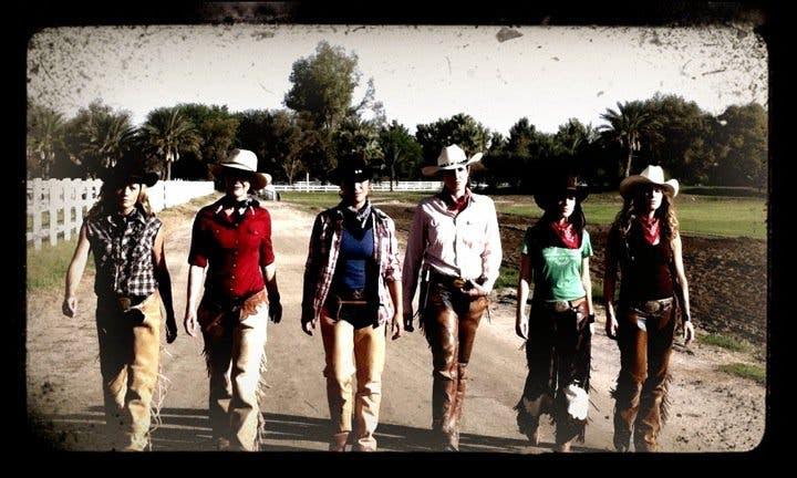 Cowgirl Up conoce a las protagonistas