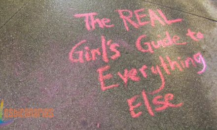 The Real Girl´s Guide to Everything Else resumen de episodio 1×01