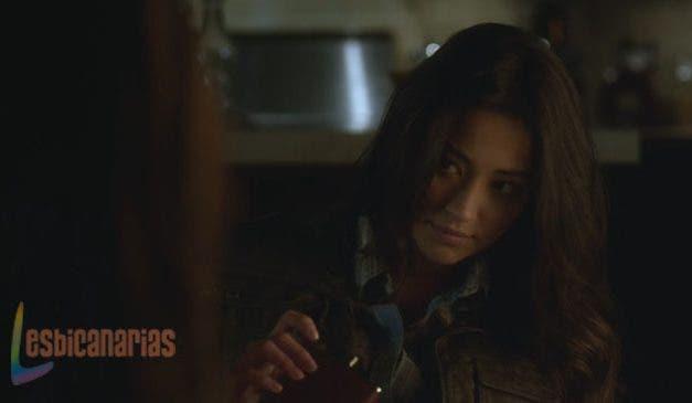 Pretty Little Liars resumen de episodio 3×01