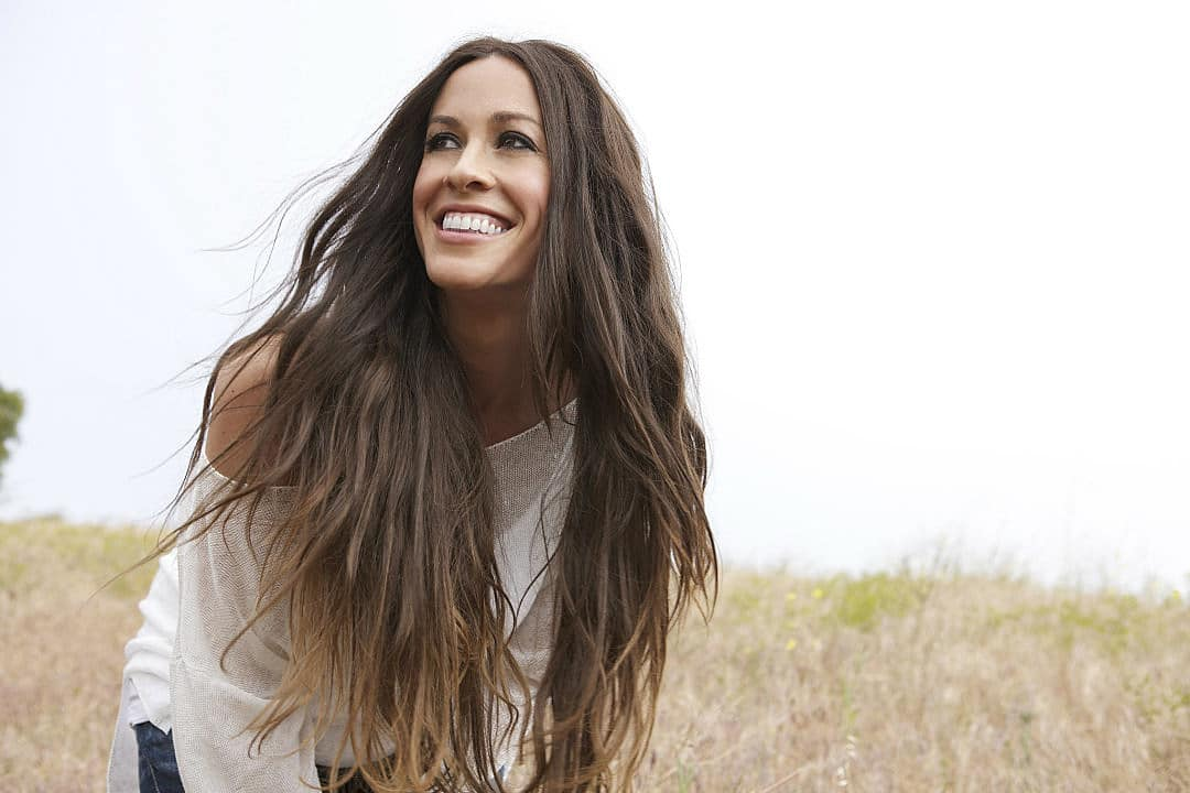 Música con Toque lésbico: Will you Be my Girlfriend? de Alanis Morissette
