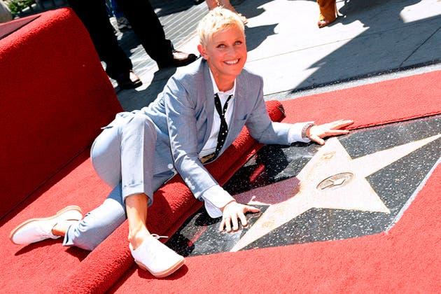 Ellen DeGeneres estrena su estrella en Hollywood