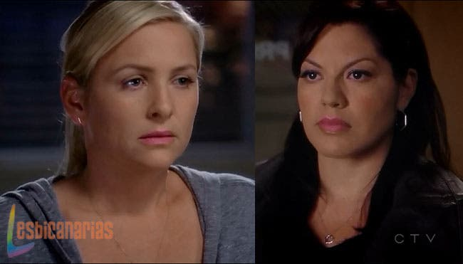 Callie y Arizona con caras de culpa