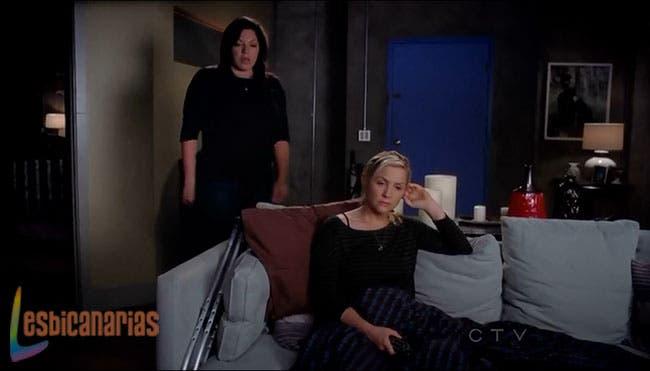 Callie y Arizona en el departamento