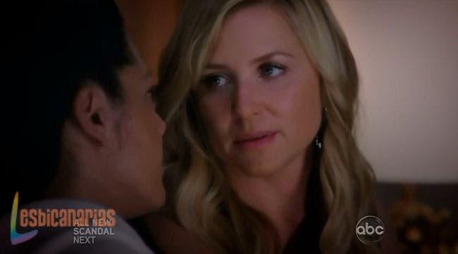 Arizona le pide a Callie que no huya