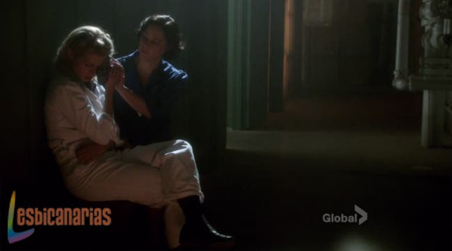 Lorna curando a Betty