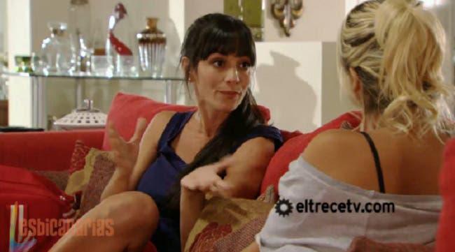 Brenda y Marisa 1x11-08