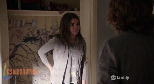 Callie hablando con Wyatt