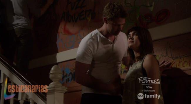 Liam discutiendo con Callie
