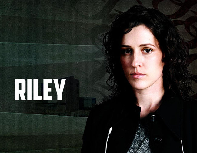 Riley Edge of Normal Serie Lesbica