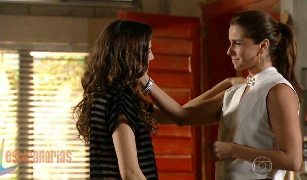 "Clara y Marina resumen semanal 08 ""Em Familia"""