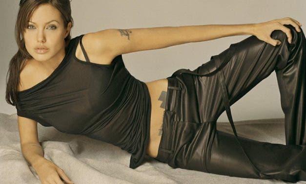 25 fotos de Angelina Jolie para que añadas a tu colección