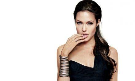 Angelina Jolie ¿abandona su bisexualidad?