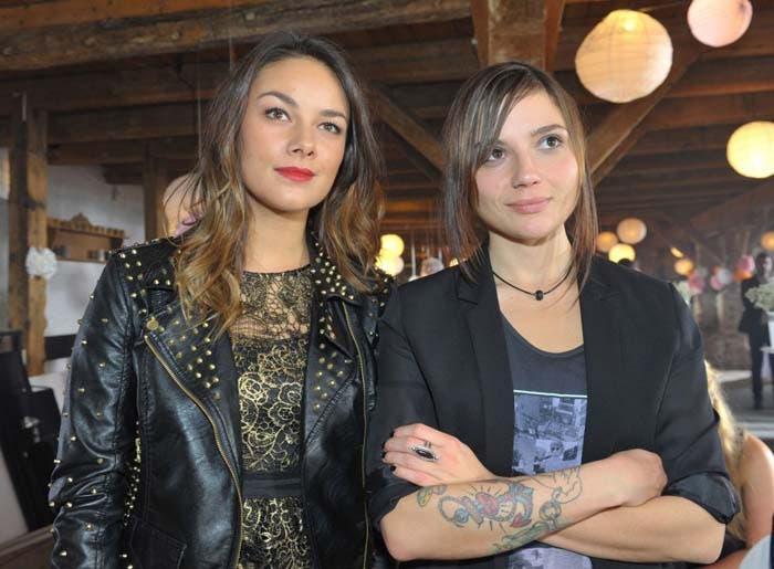 Anni y Jasmin pareja lésbica