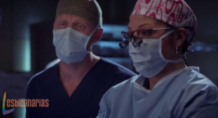 Owen y Callie operando en Anatomía de Grey