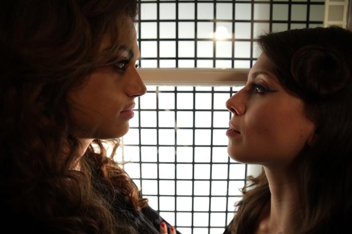 RED: una nueva serie lésbica a la que engancharse