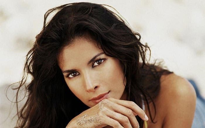 Patricia Velasquez: Sandra Bernhard me hizo darme cuenta de que era lesbiana