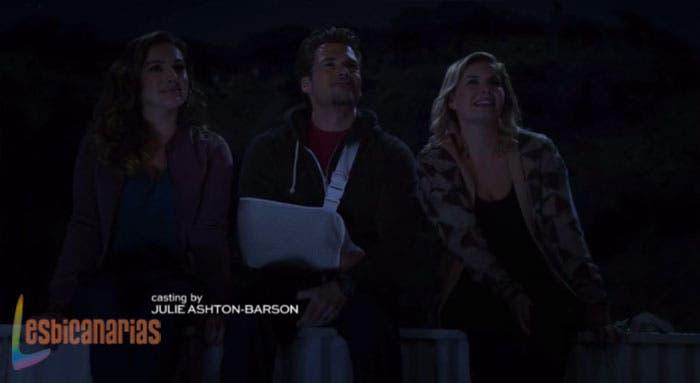 Lizzy,-Luke-y-Prudence-mirando-al-cielo