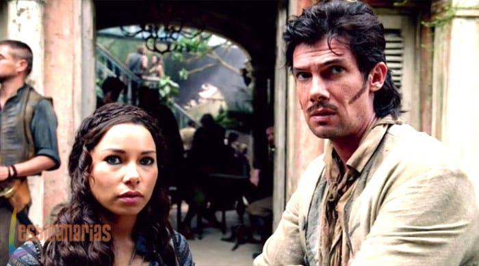 Max y jack mirando a Eleanor