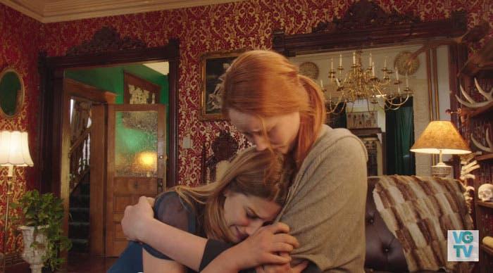 Danny consola a Laura