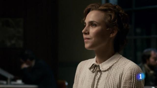Parece Lexa mirando a Clarke