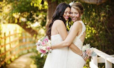 10 fotos de bodas lésbicas que nos han enamorado