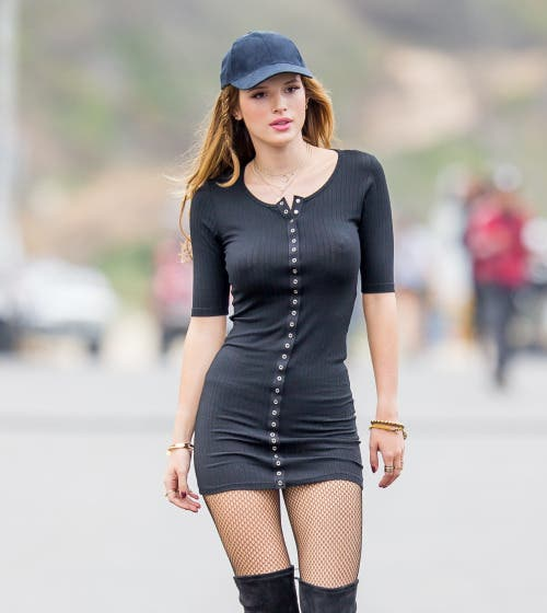 Bella Thorne (Vía swan-songx.tumblr.com)