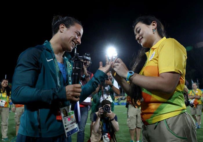 pareja lésbica pedida de mano brasil