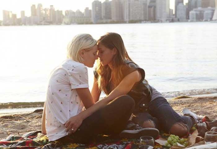 Below Her Mouth: la película lésbica ya está en Netflix