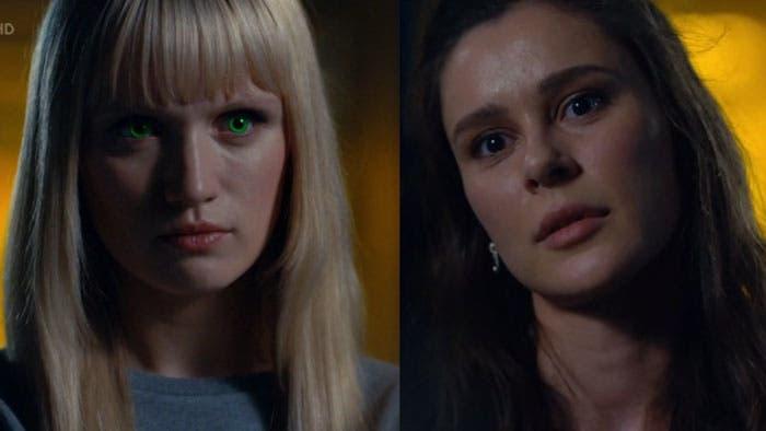 Niska y Astrid mirándose