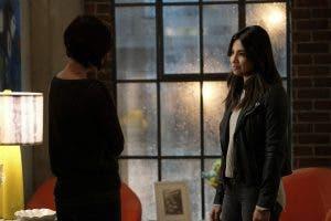Supergirl: Resumen del episodio 2×07 – The Darkest Place – Sanvers