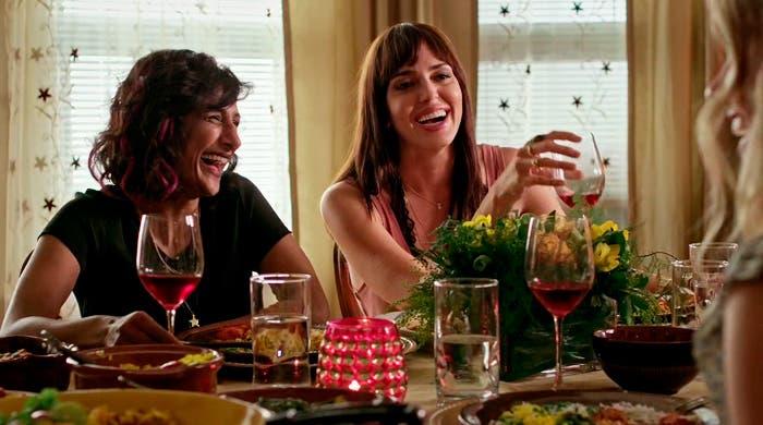 Kareema y Sofia nueva pareja lésbica en No Tomorrow