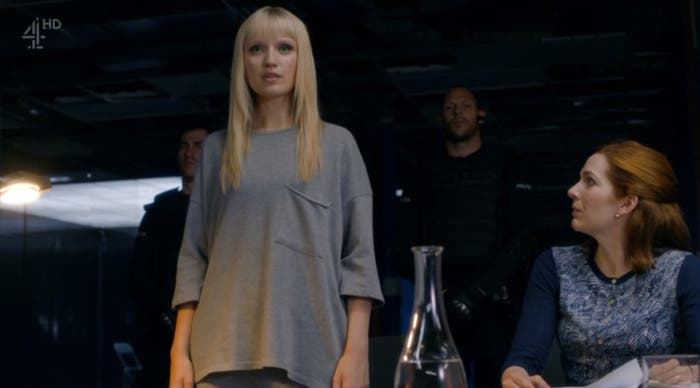 Niska y Astrid resumen de episodio 2×05-06  Humans