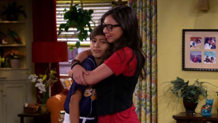 Alex y Elena abrazo