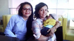 Primer acta de nacimiento a familia homoparental en México