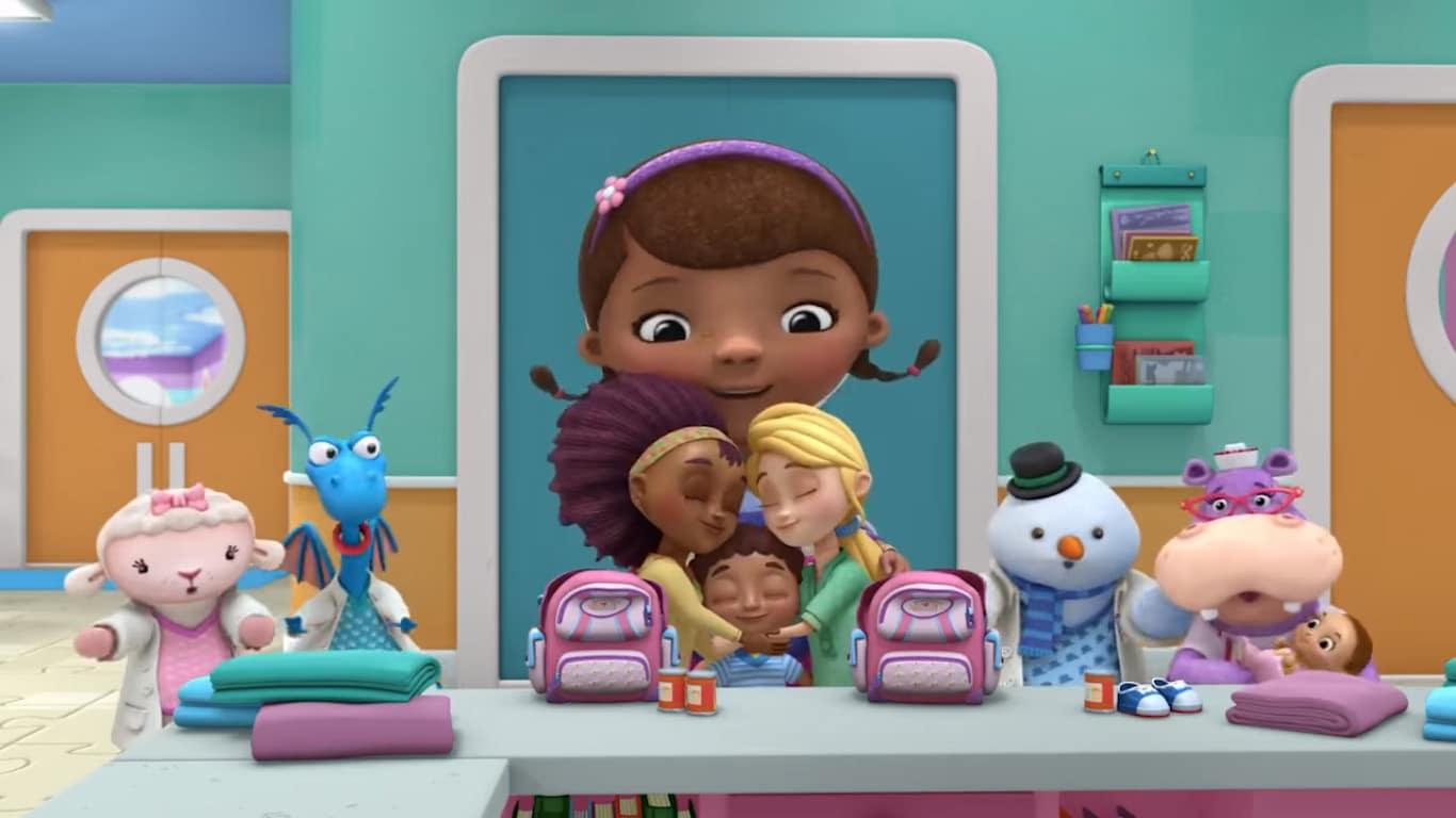 Doctora juguetes dos mamás