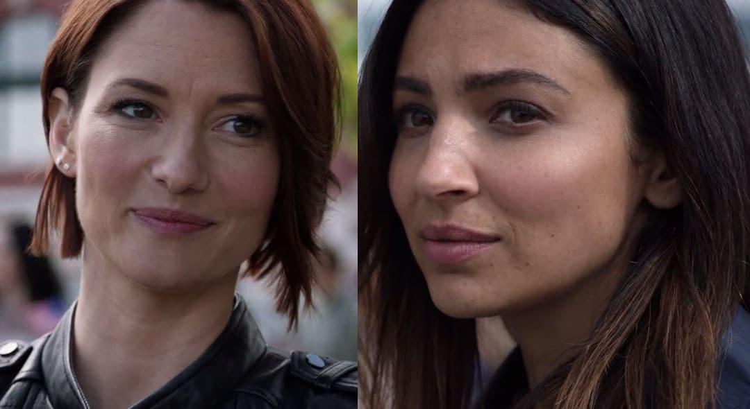 Alex y Maggie mirándose