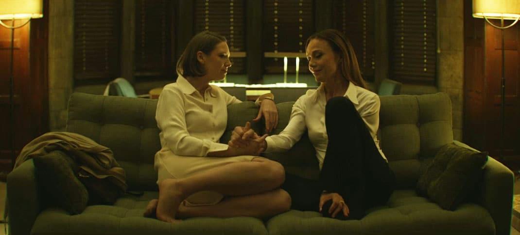 Wendy y Annaliese hablando