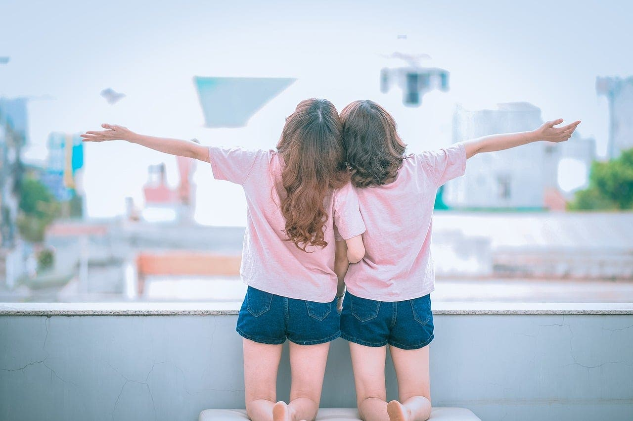 3 Mini-relatos lésbicos para alegrar tu viernes