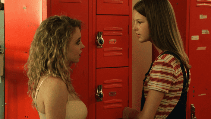 Resumen de Everything Sucks 1×02 – Kate y Emaline