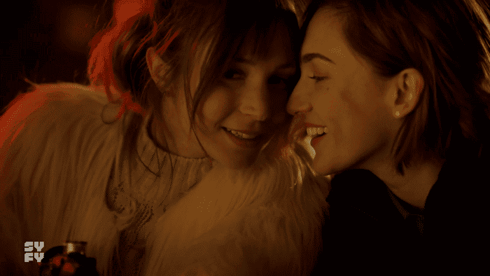 Wynonna Earp: Resumen de episodio 3×01 – Waverly y Nicole