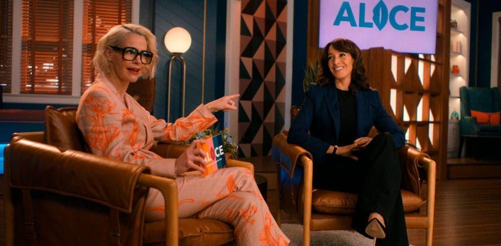 Bette y Alice hablando