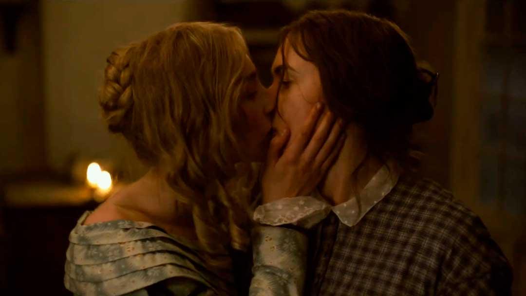 Kate Winslet y Saoirse Ronan se enamoran en el tráiler de Ammonite