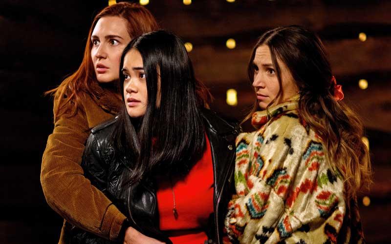 Nicole, Rachel y Waverly Earp